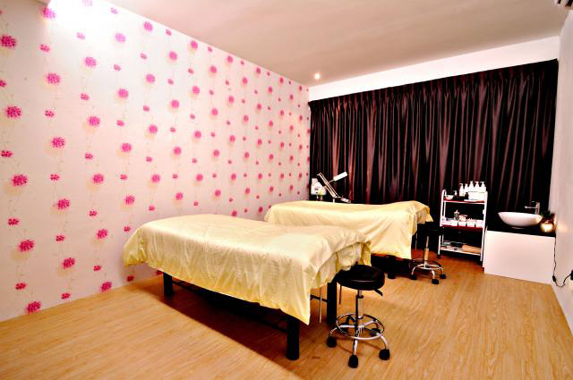 Aesthetic Treatment Room
